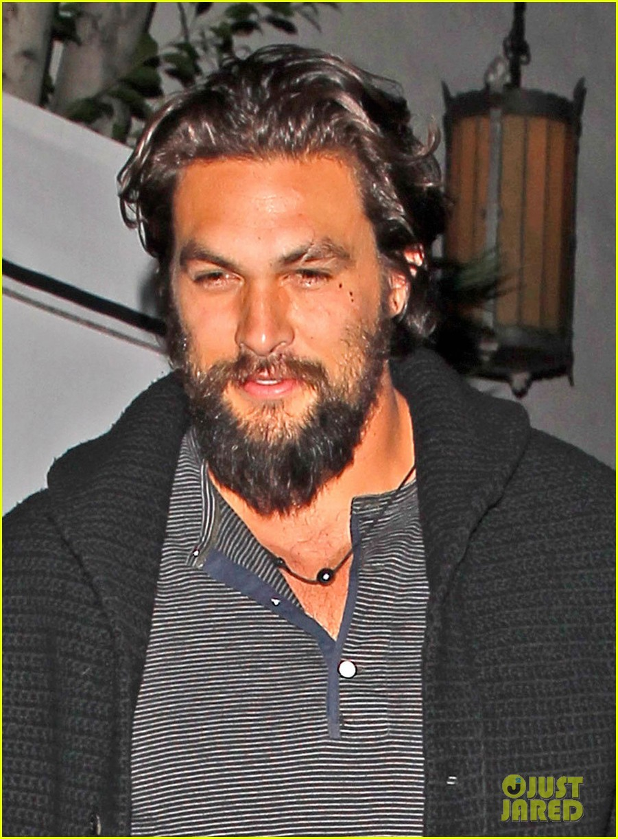 jason momoa gets admired by betty white watch now 033066686