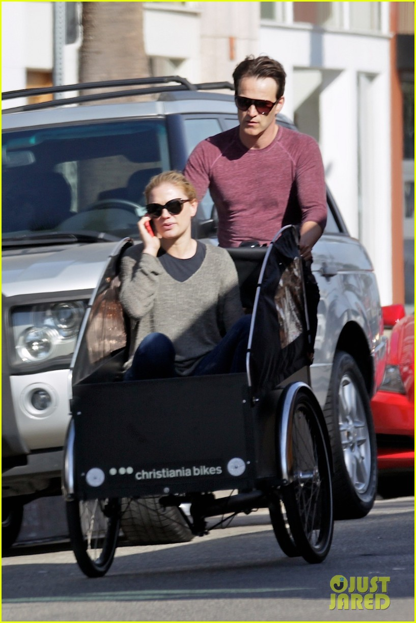 stephen moyer is quite the chauffeur peddles anna paquin in their twins bike carrier 023076095