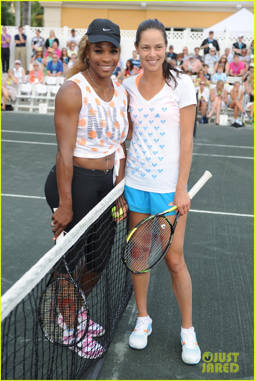 novak djokovich williams sisters play tennis for charity 013074822
