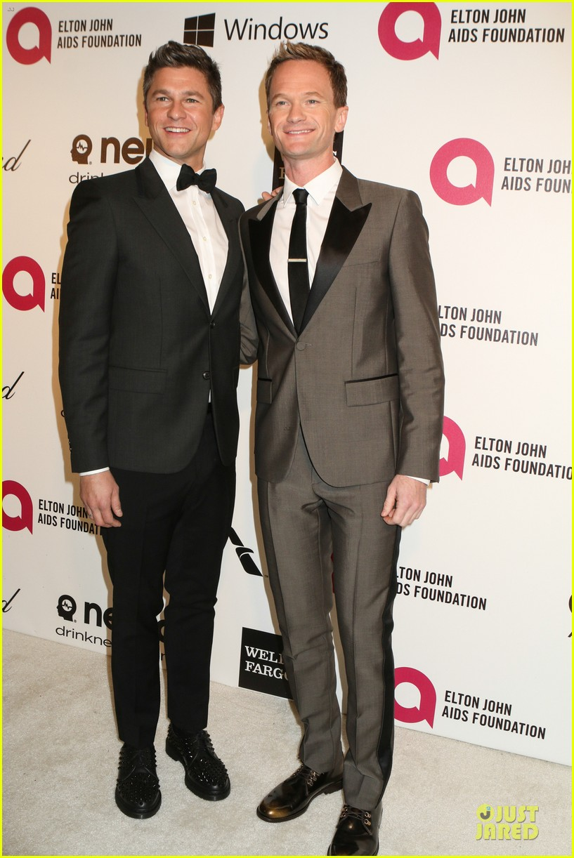 neil patrick harris david burtka are partners in crime at elton john oscars party 2014 063064263