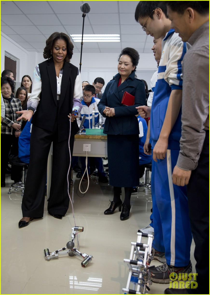 michelle obama travels around china three days of photos 053076735