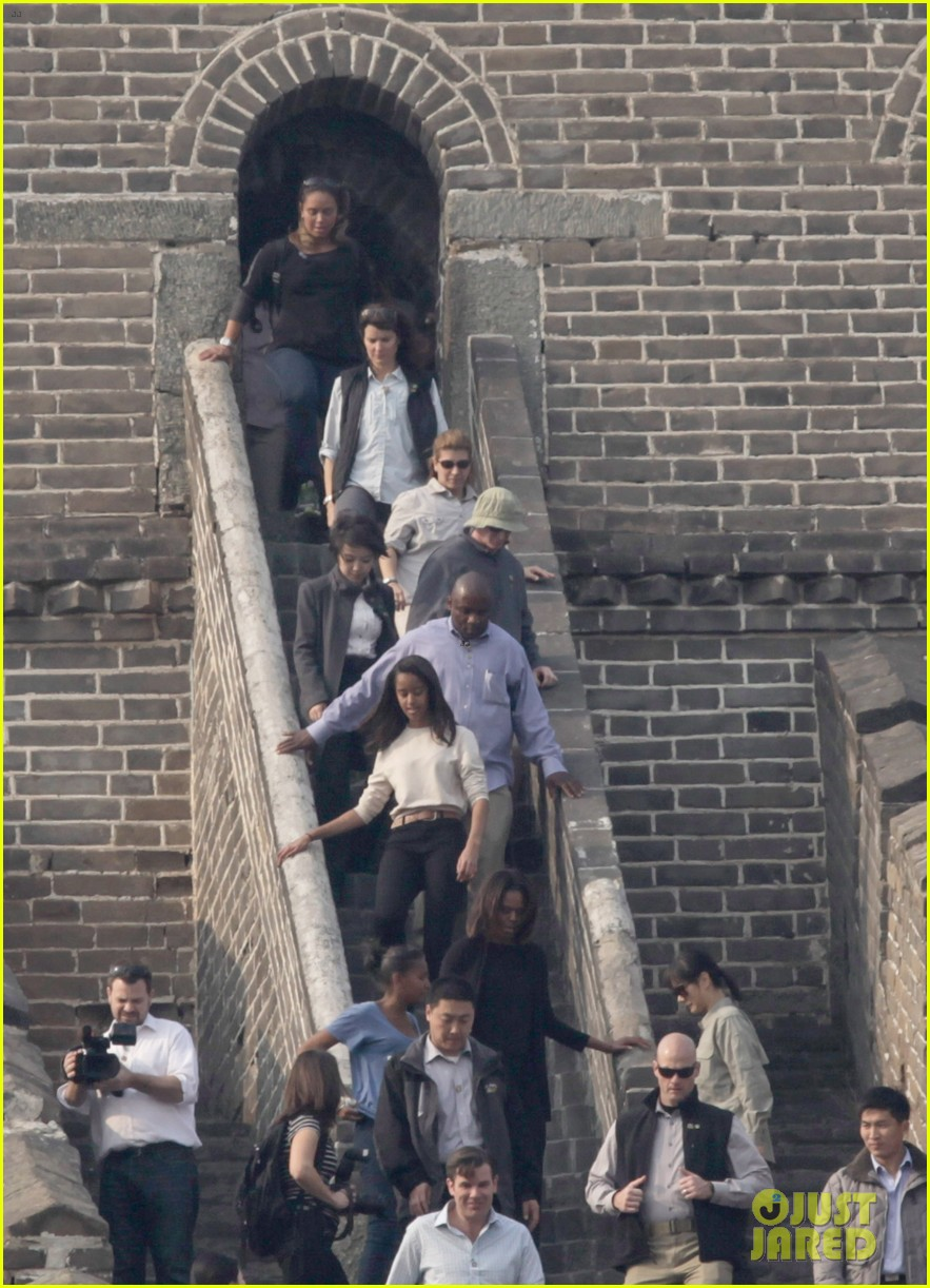 michelle obama great wall of china 01