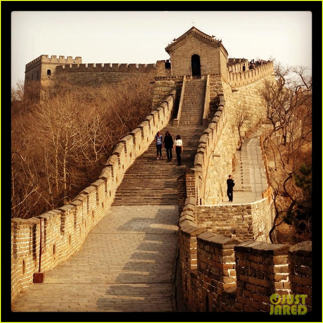michelle obama great wall of china 043077236