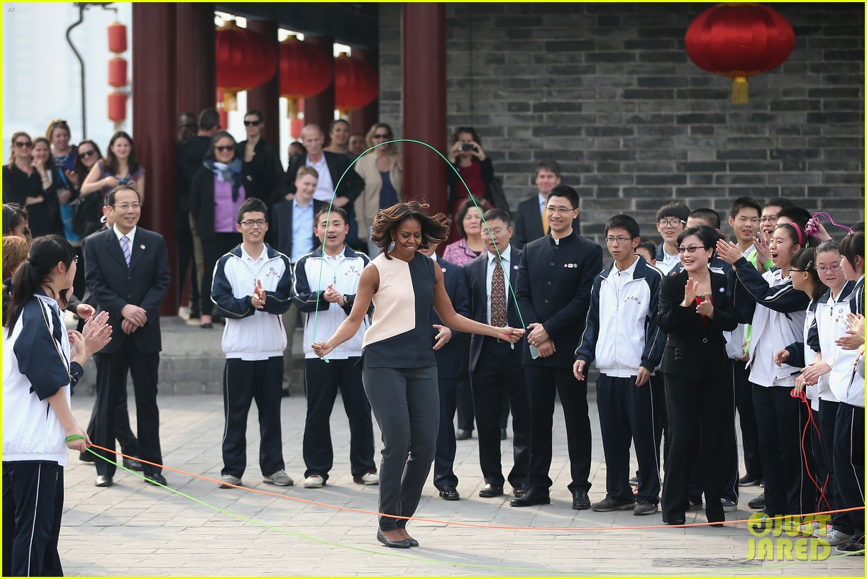 michelle obama jumps rope in china 013077920