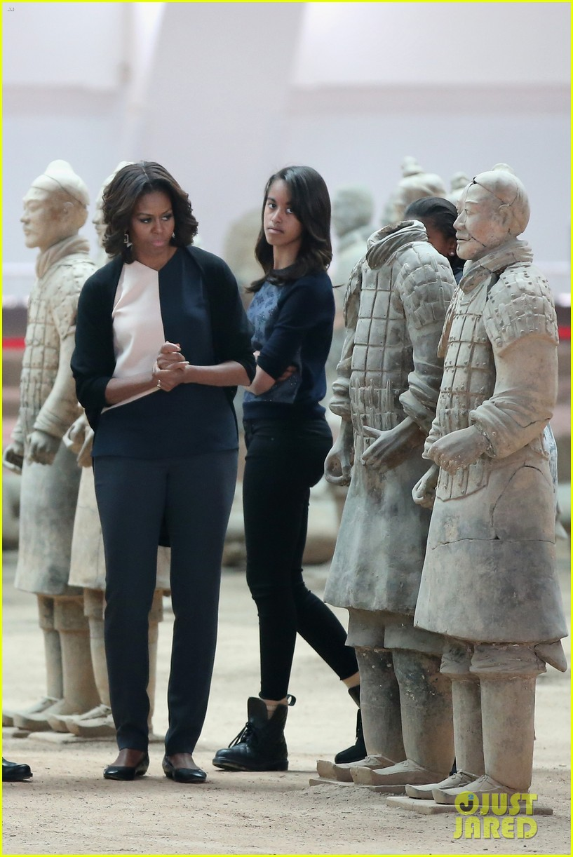 michelle obama jumps rope in china 033077922