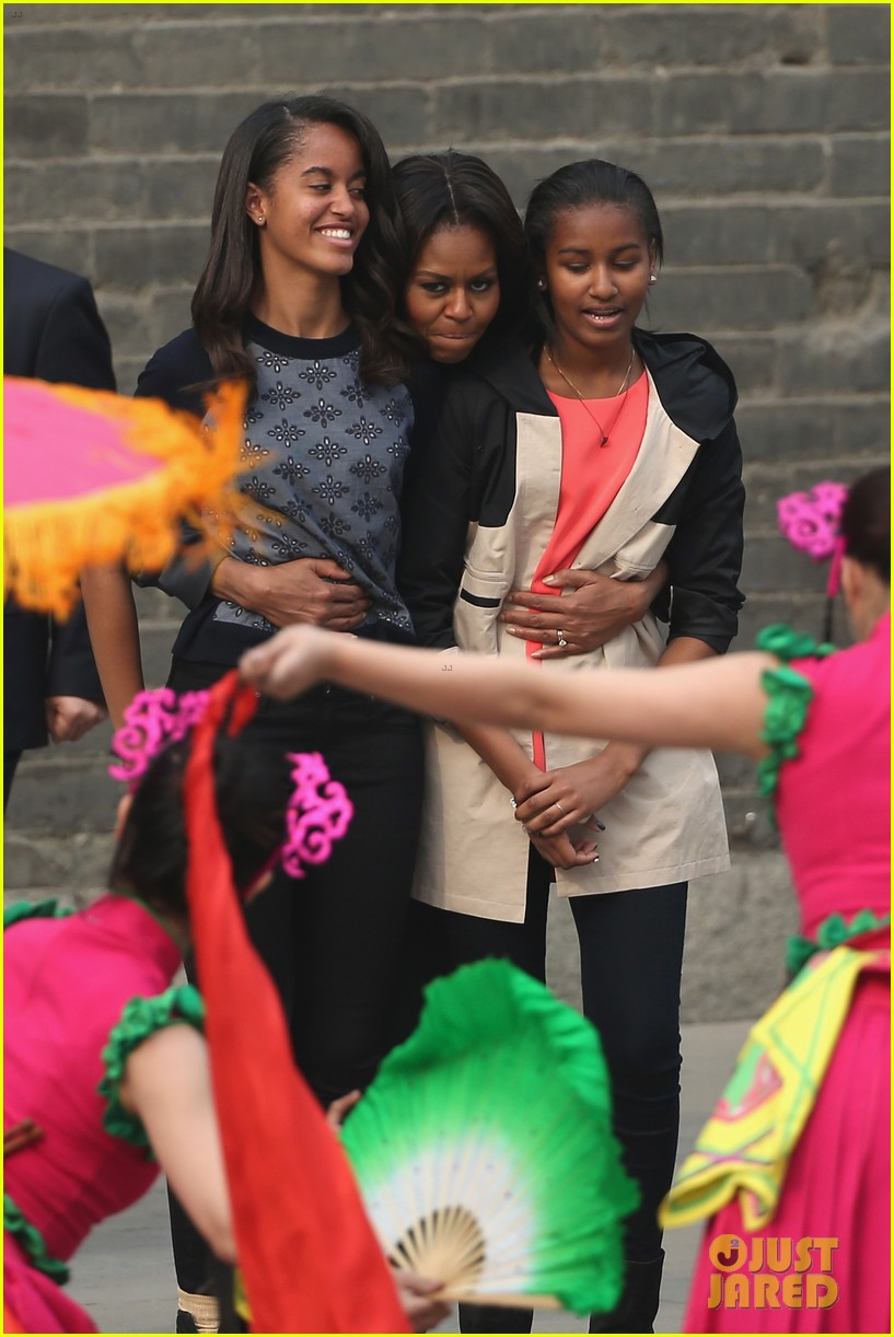 michelle obama jumps rope in china 05