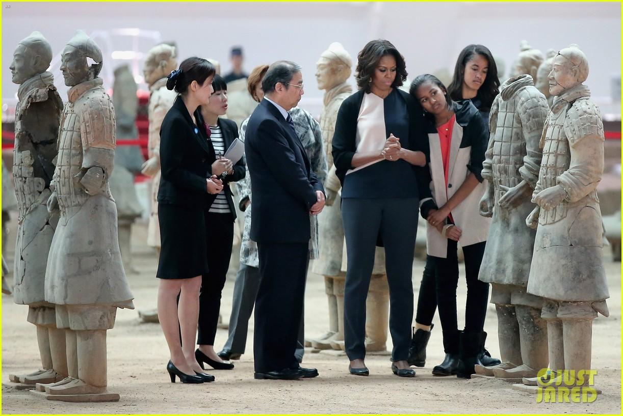 michelle obama jumps rope in china 073077926