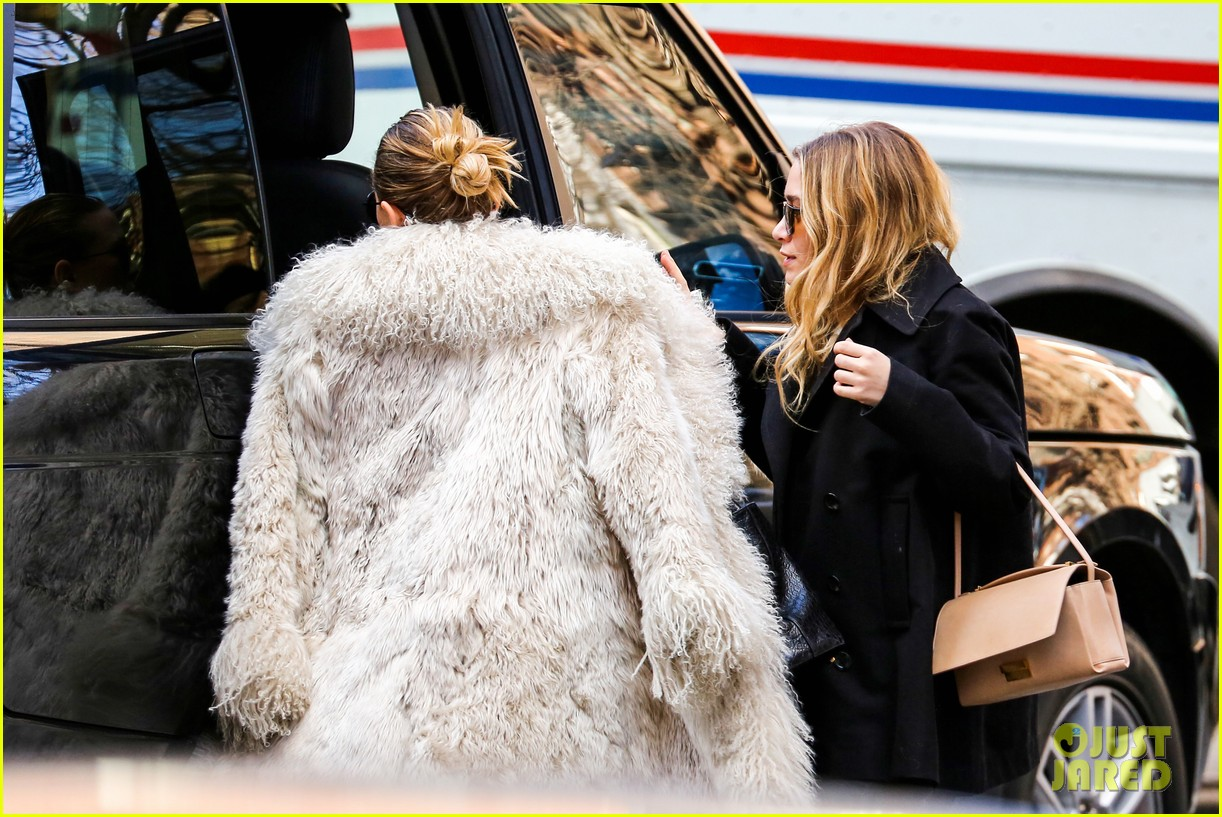 mary kate olsen french fiance french food 033072643