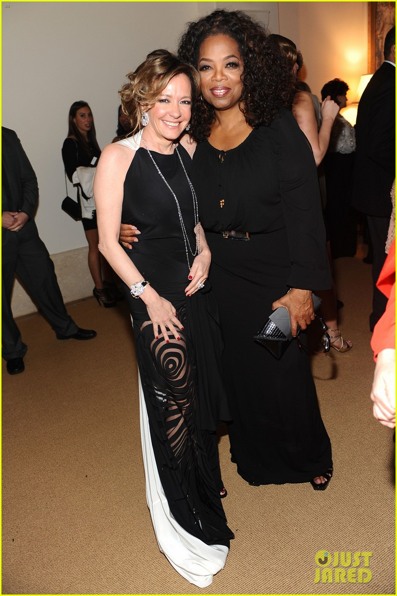 oprah chiwetel ejiofor attend pre oscars party 103063601
