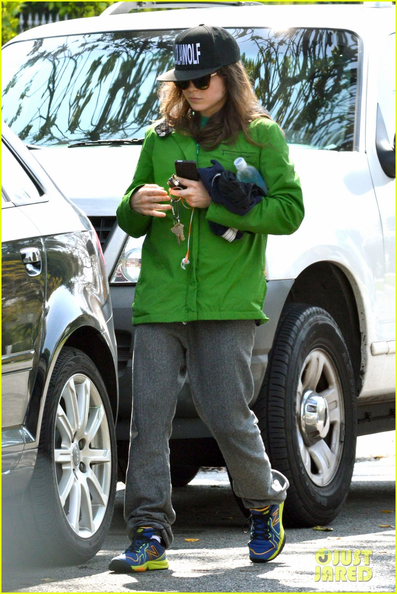 ellen page says she eats so she can poop 083067512