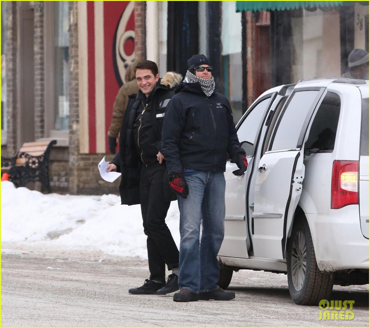 robert pattinson dane dehaan continue filming life in super cold canada 053065884