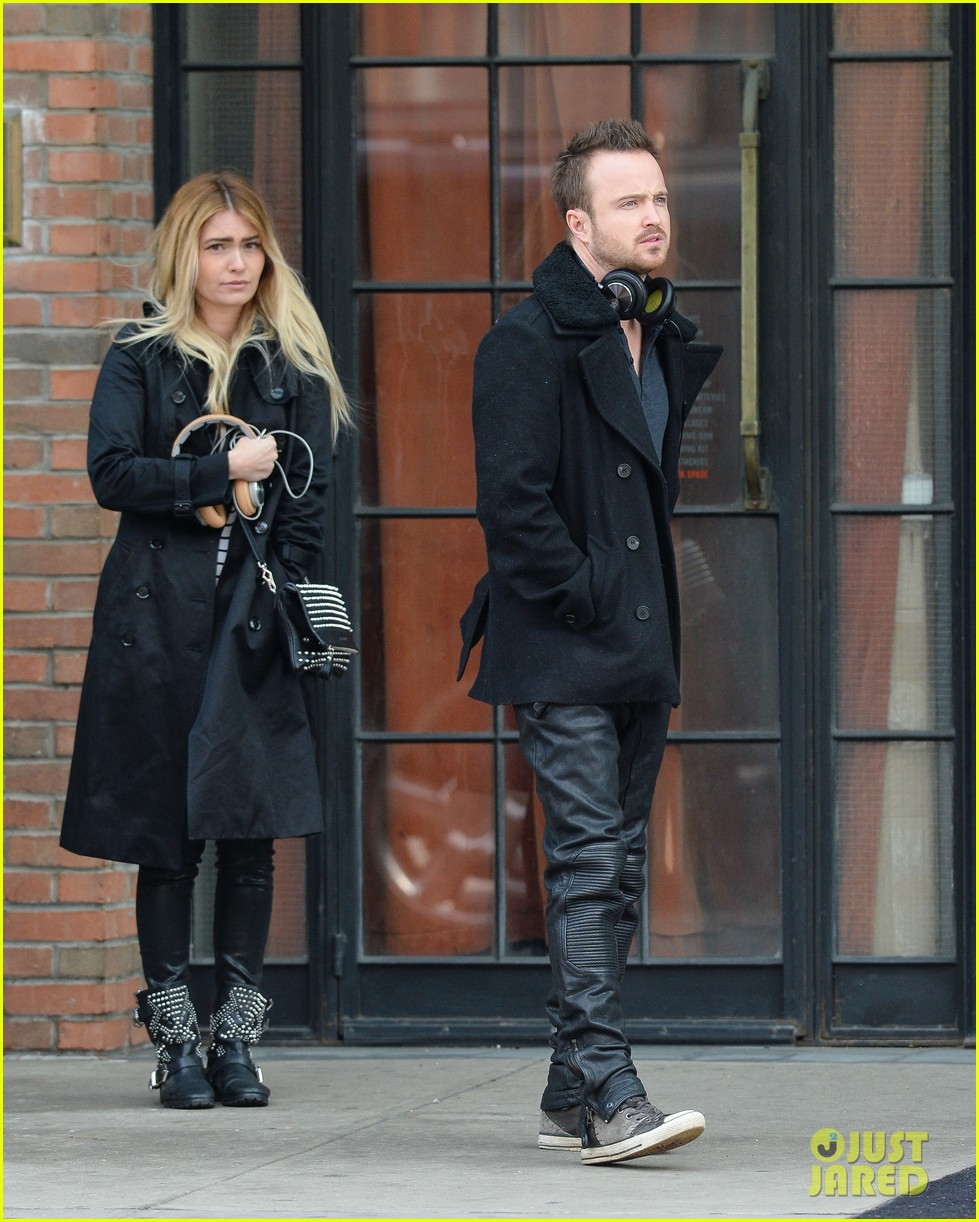aaron paul cant wait to have kids hopes they are mini versions lauren parsekian 043071974