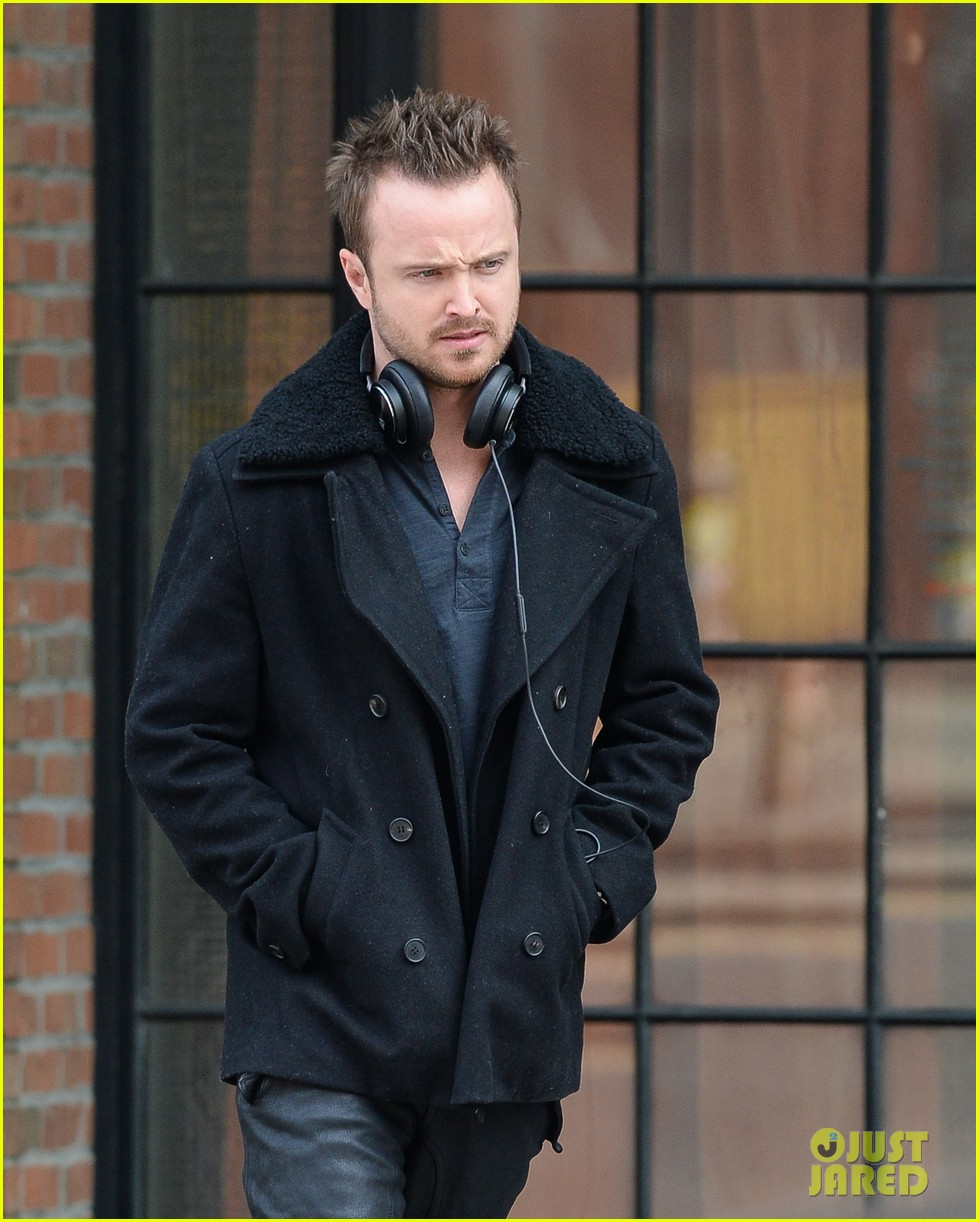 aaron paul cant wait to have kids hopes they are mini versions lauren parsekian 053071975