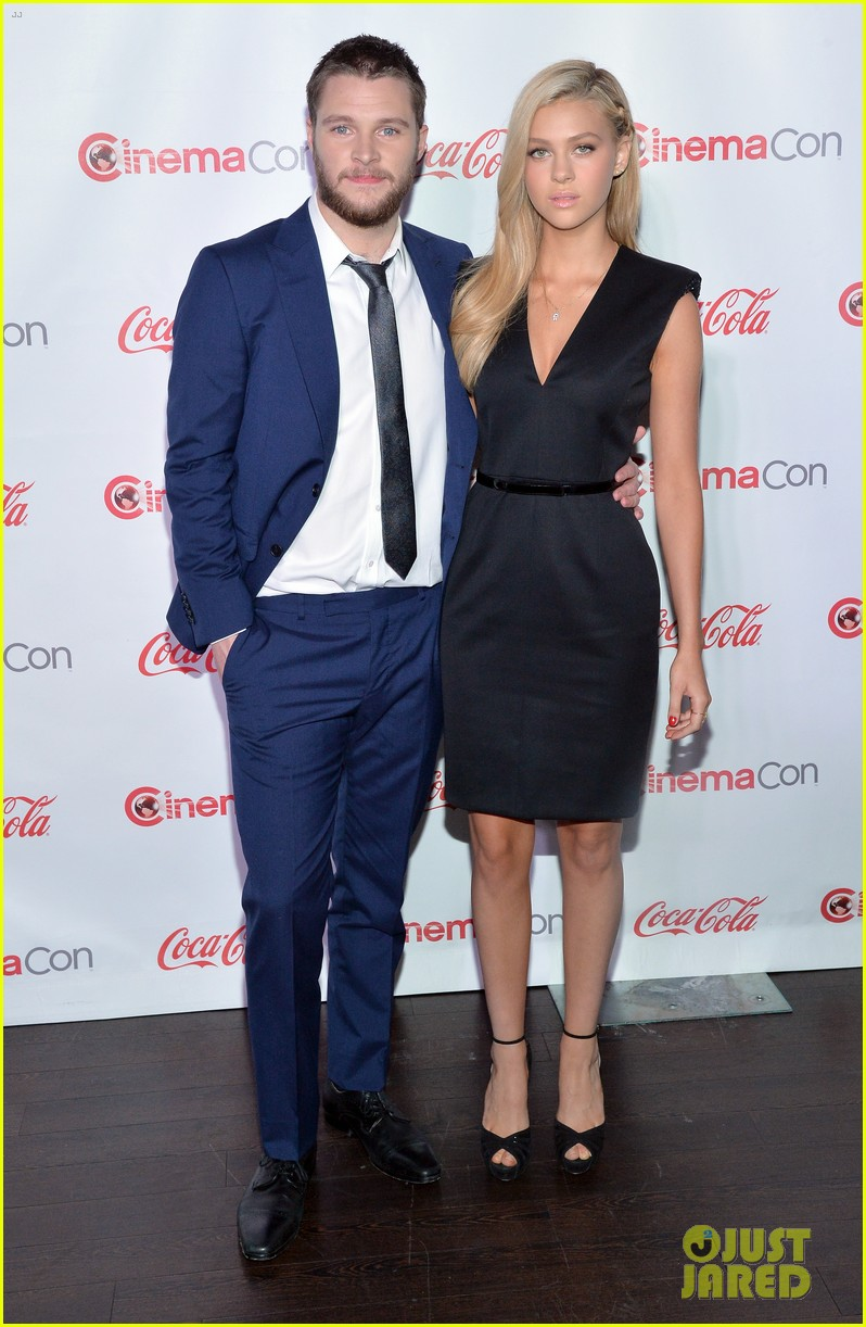 nicola peltz jack reynor cinemacon rising star of the year 083080424
