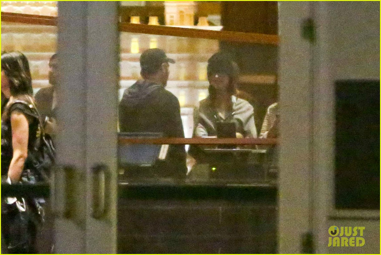 katy perry catches a movie with friends 21