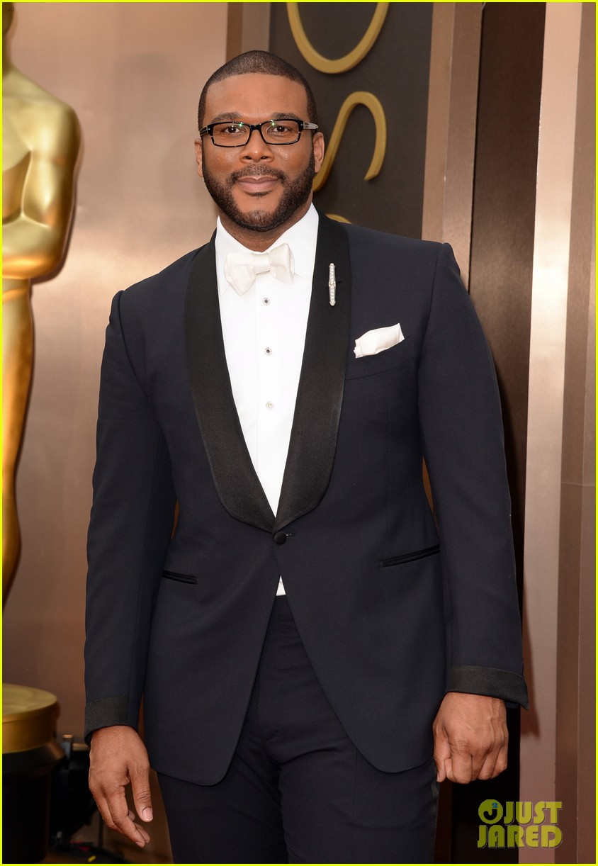 tyler perry presents at oscars 2014 013064179