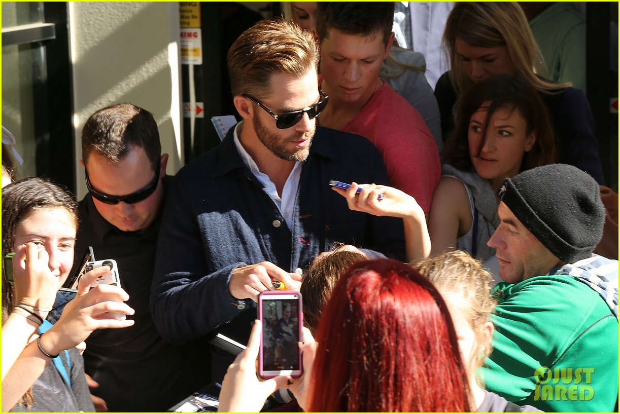 chris pine appears in court for dui arrest in new zealand 093073021