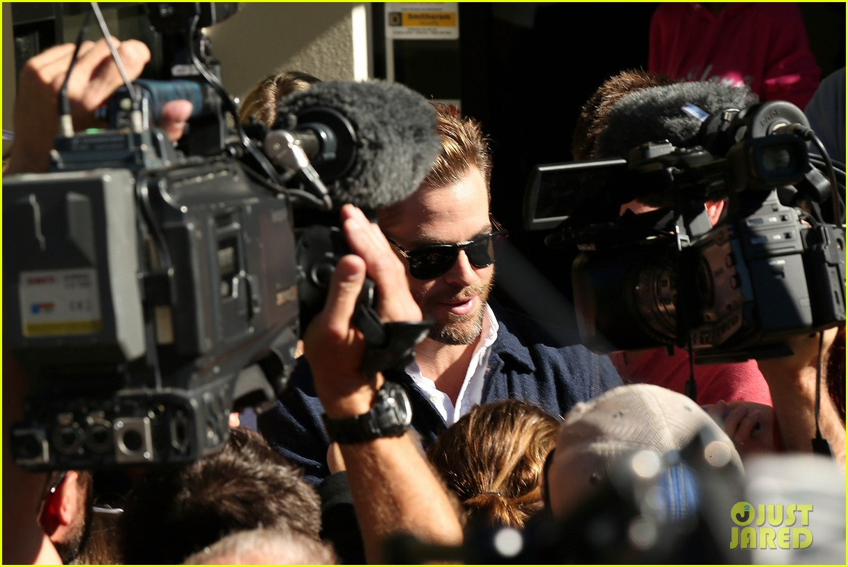 chris pine appears in court for dui arrest in new zealand 133073025