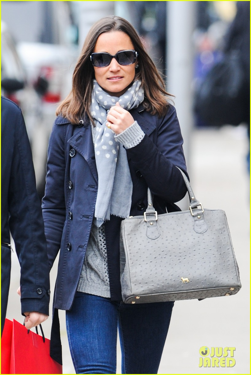 kate pippa middletons go to fashion brand hobbs coming to us 023080542