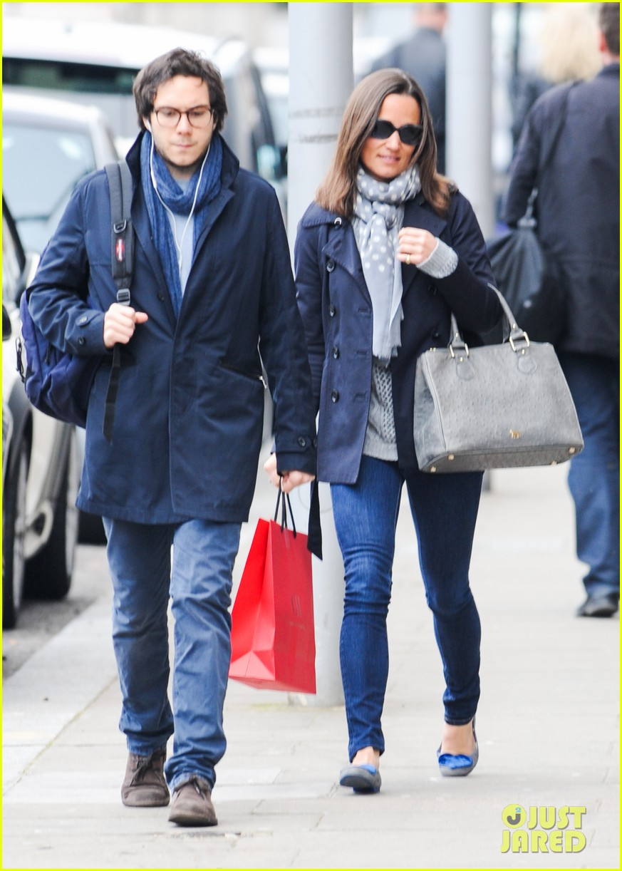 kate pippa middletons go to fashion brand hobbs coming to us 033080543