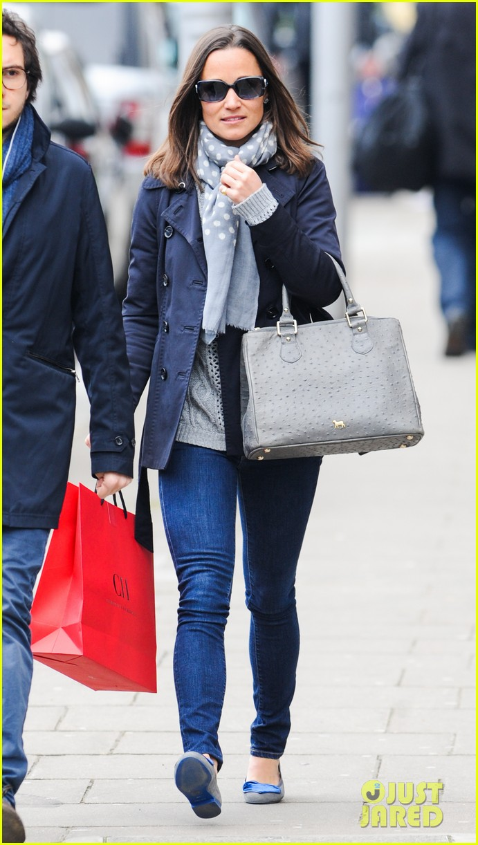 kate pippa middletons go to fashion brand hobbs coming to us 083080548