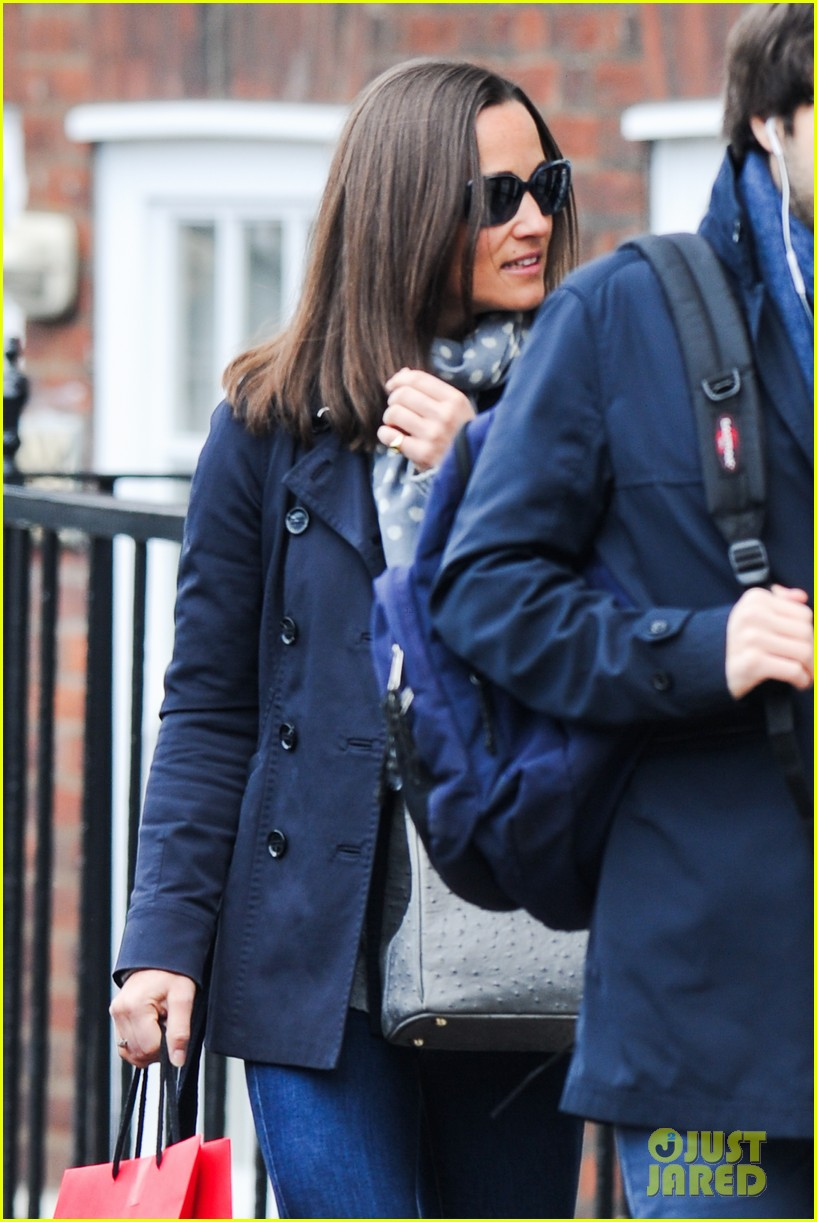 kate pippa middletons go to fashion brand hobbs coming to us 123080552