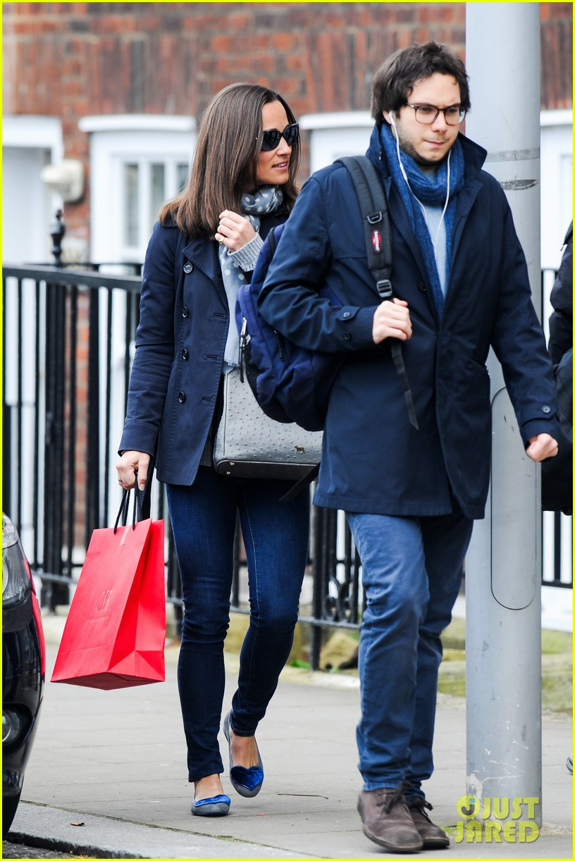 kate pippa middletons go to fashion brand hobbs coming to us 143080554
