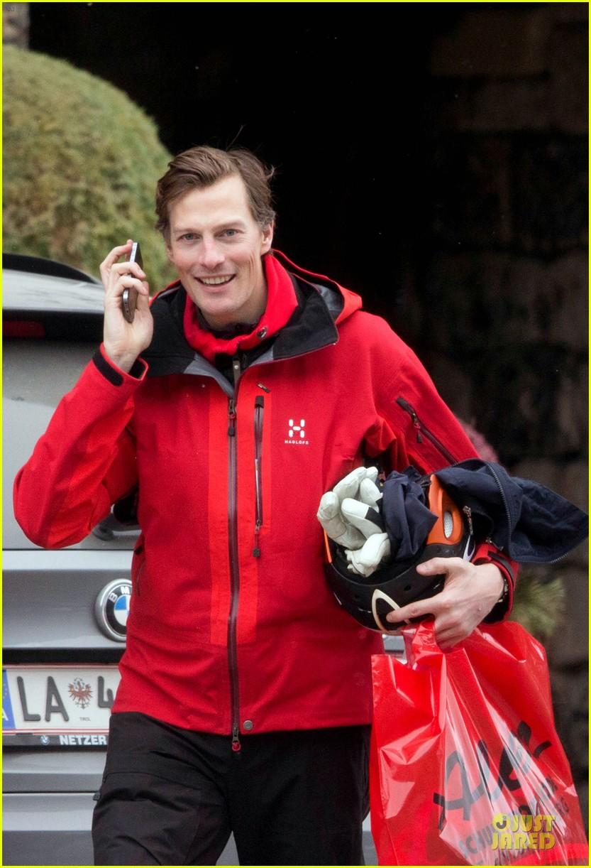 pippa middleton nico jackson test their love with skiing in austria 023070019