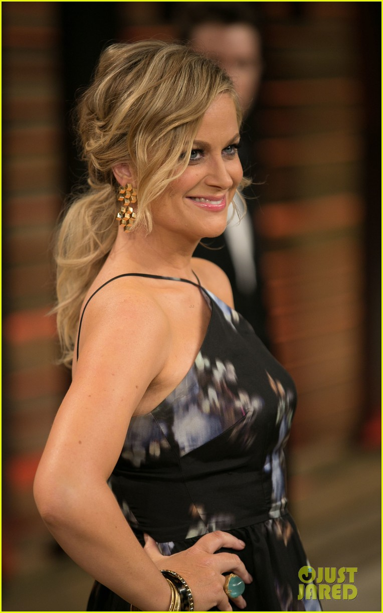 amy poehler vanity fair oscars party 2014 04