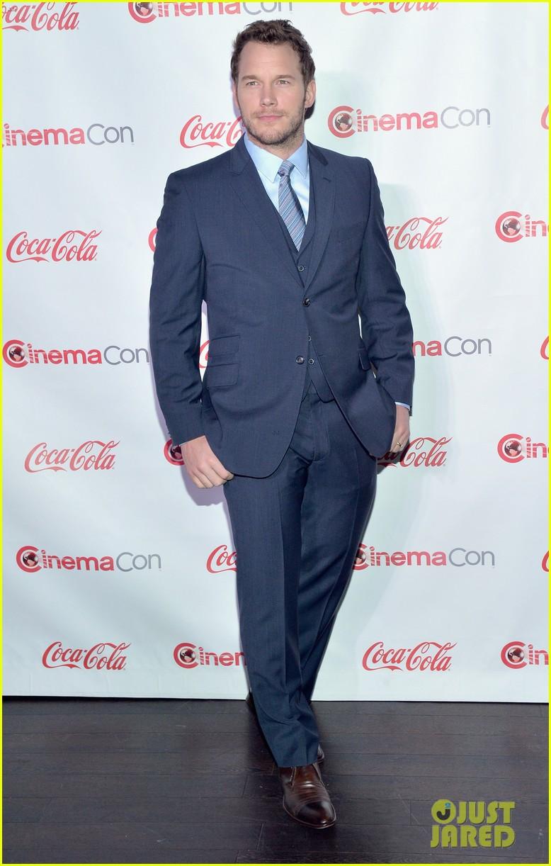 chris pratt seth rogen leslie mann cinemacon awards 163080261