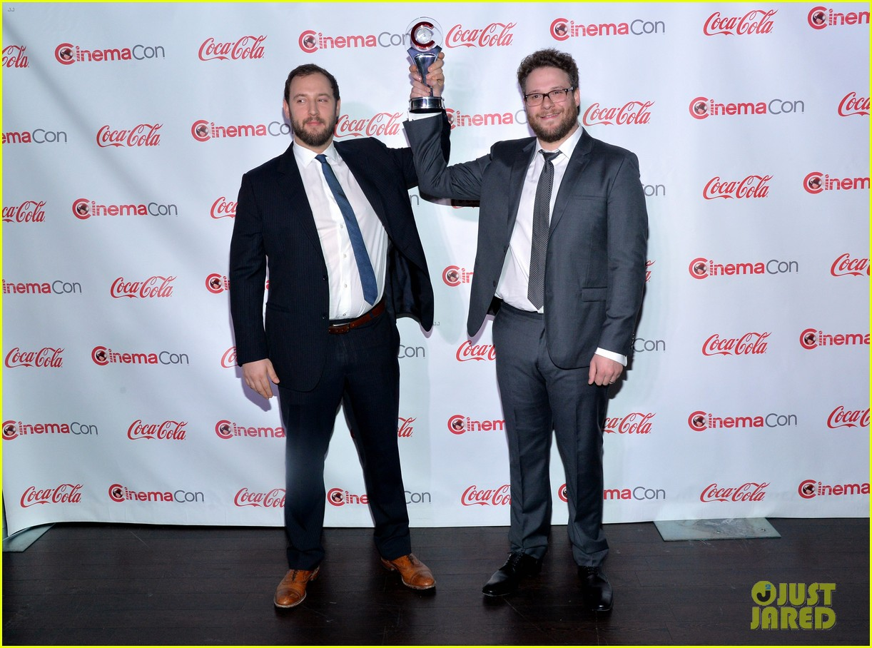 chris pratt seth rogen leslie mann cinemacon awards 253080270
