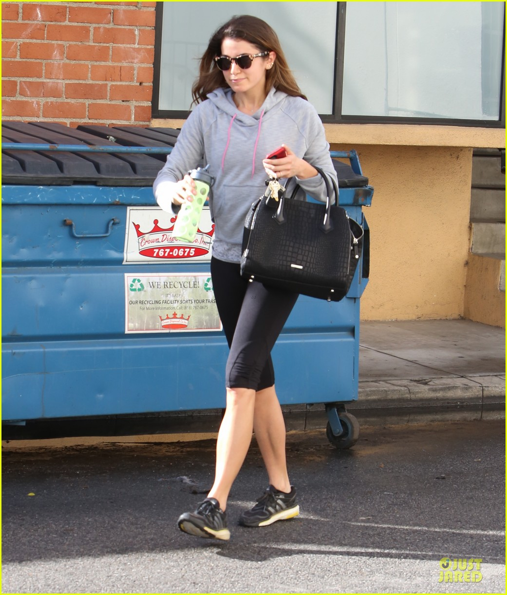 nikki reed my husband paul mcdonald is home for a few days 073062678