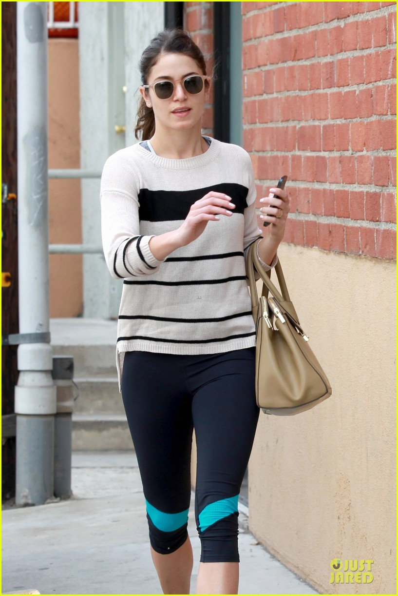 nikki reed perfect example of gym 023076433