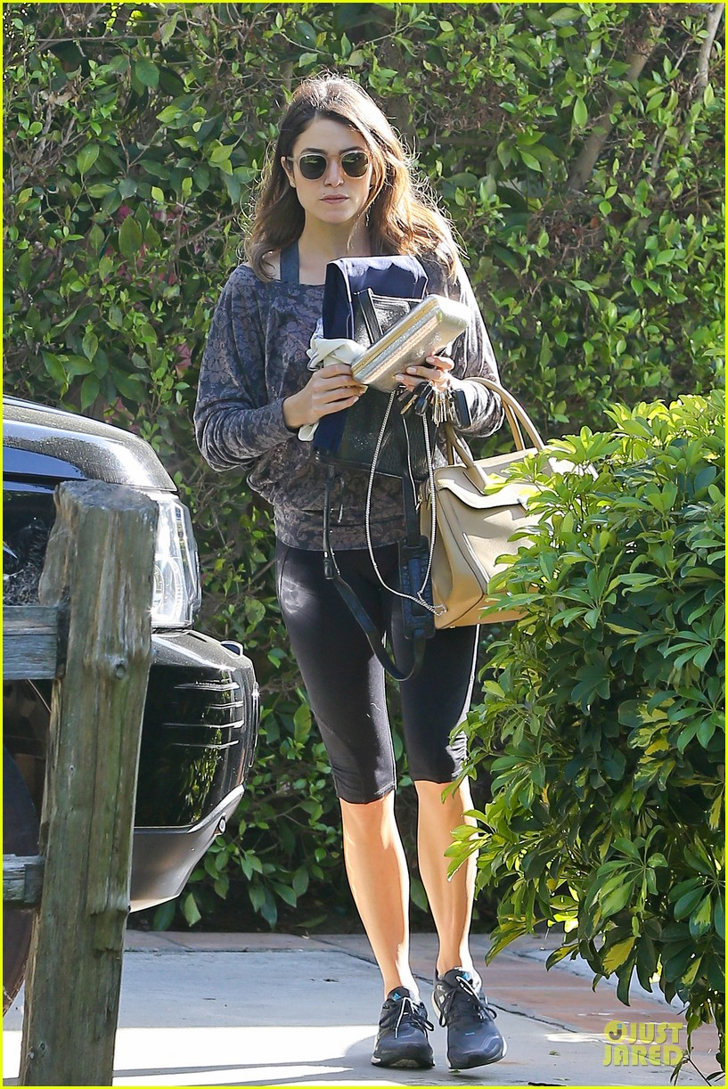 nikki reed perfect example of gym 043076435