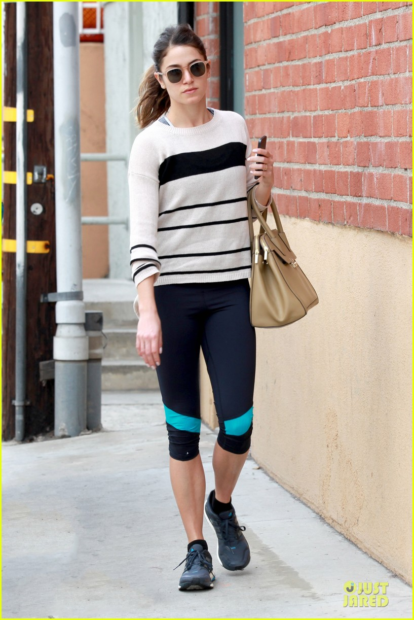 nikki reed perfect example of gym 113076442