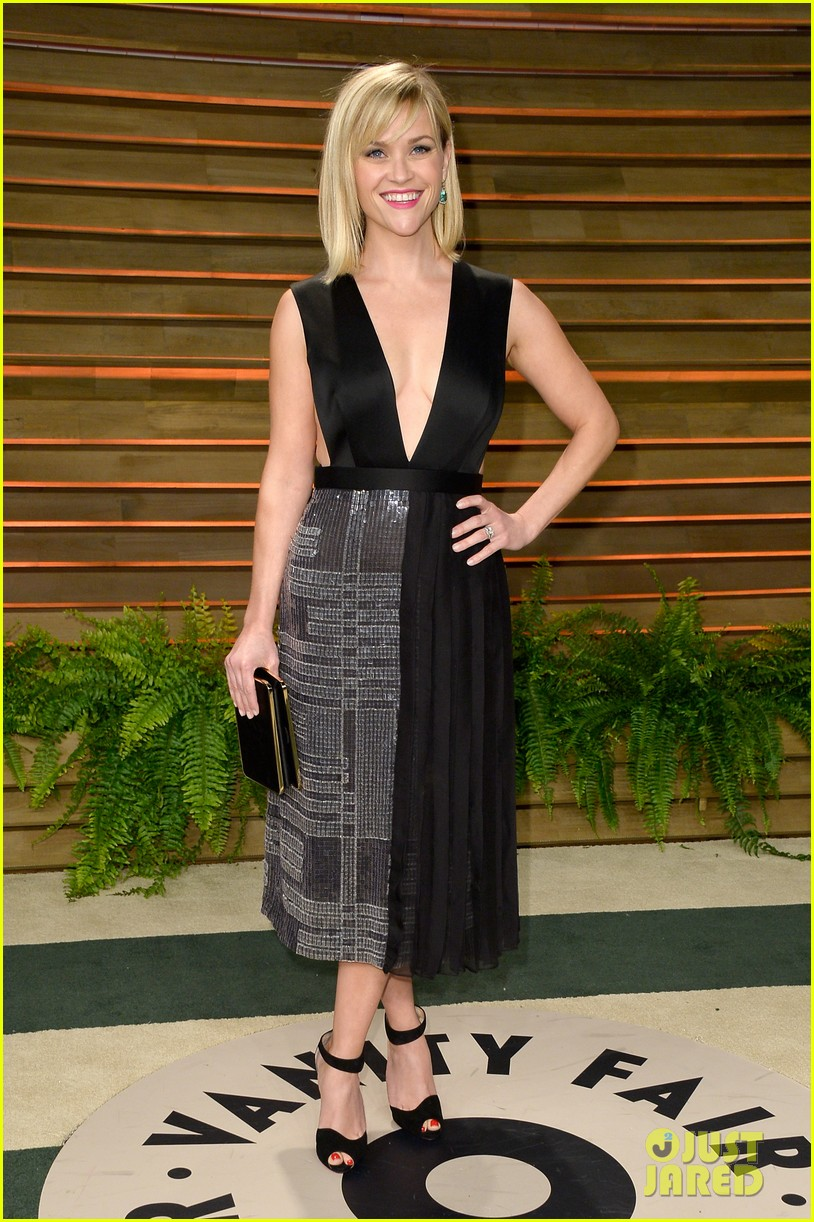 reese witherspoon vanity fair oscars party 2014 013064394
