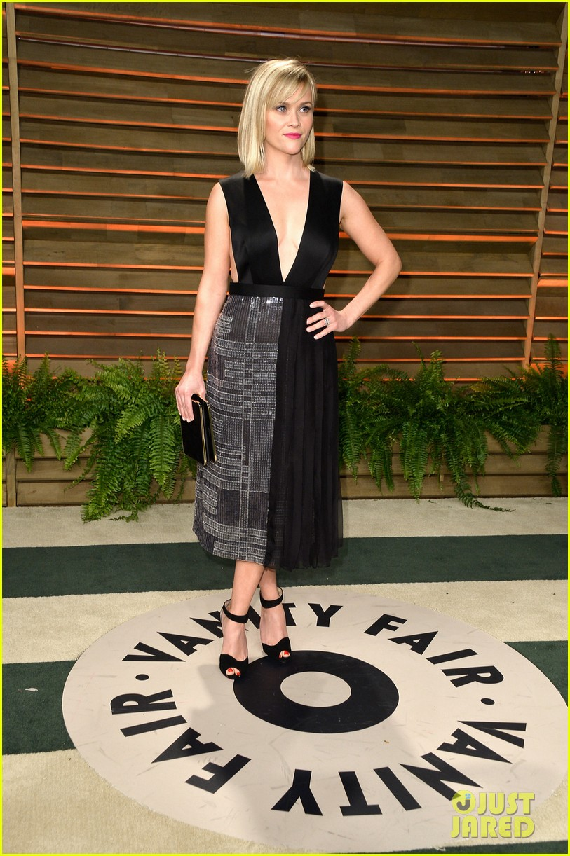 reese witherspoon vanity fair oscars party 2014 043064397