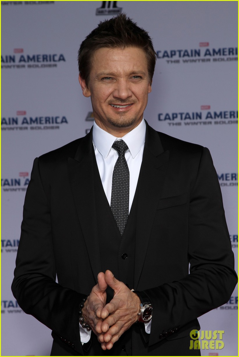 jeremy renner marvel family support captain america crew 023071696