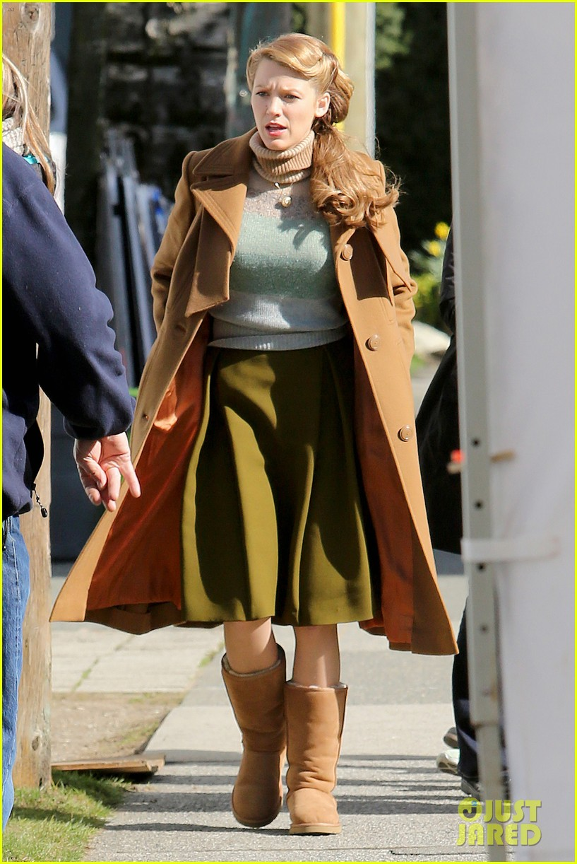 ryan reynolds visits wife blake lively age of adaline 183073616