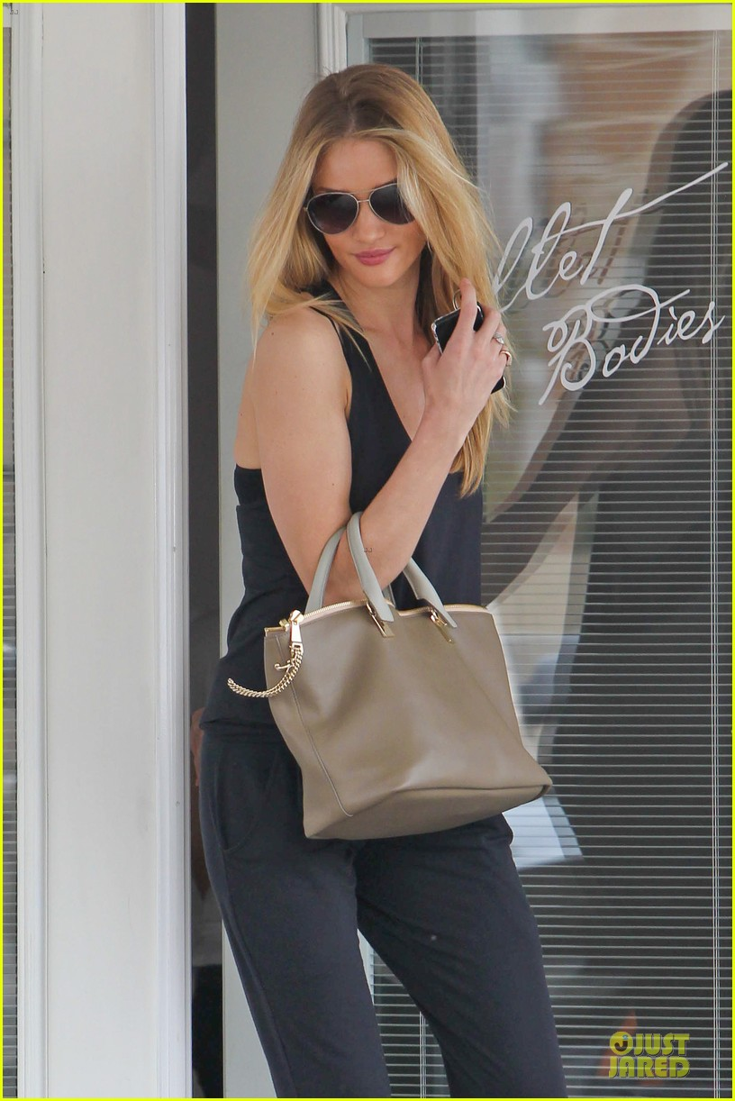 rosie huntington whiteley blown away by nicole richie 023068331