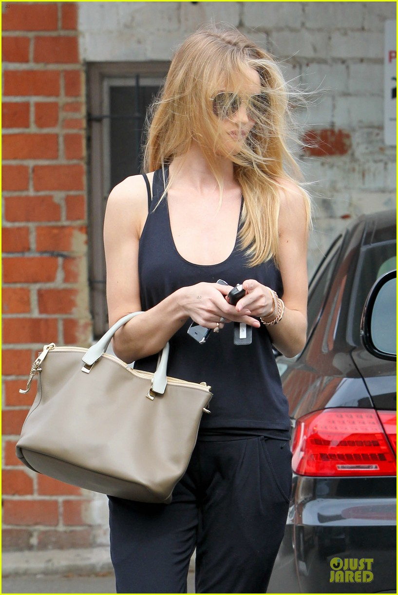 rosie huntington whiteley blown away by nicole richie 163068345