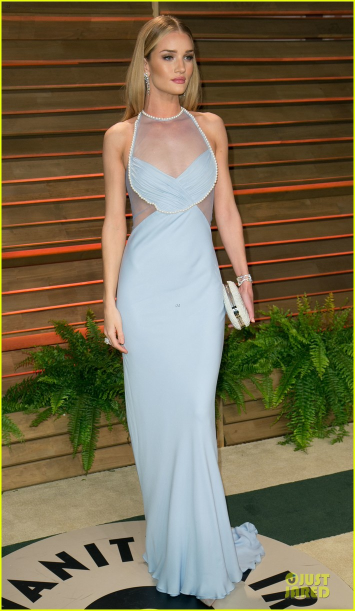 rosie huntington whiteley sheers it up at vanity fair oscar party 2014 with jason statham 033064443