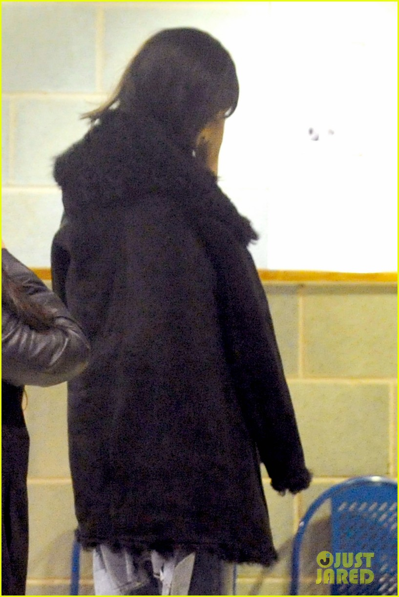 rihanna drake spotted together again head for late night gym session 053071198