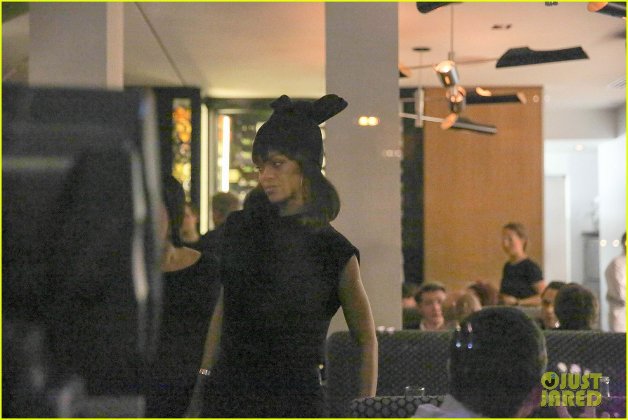 rihanna drake spotted on dinner date in amsterdam 263067656