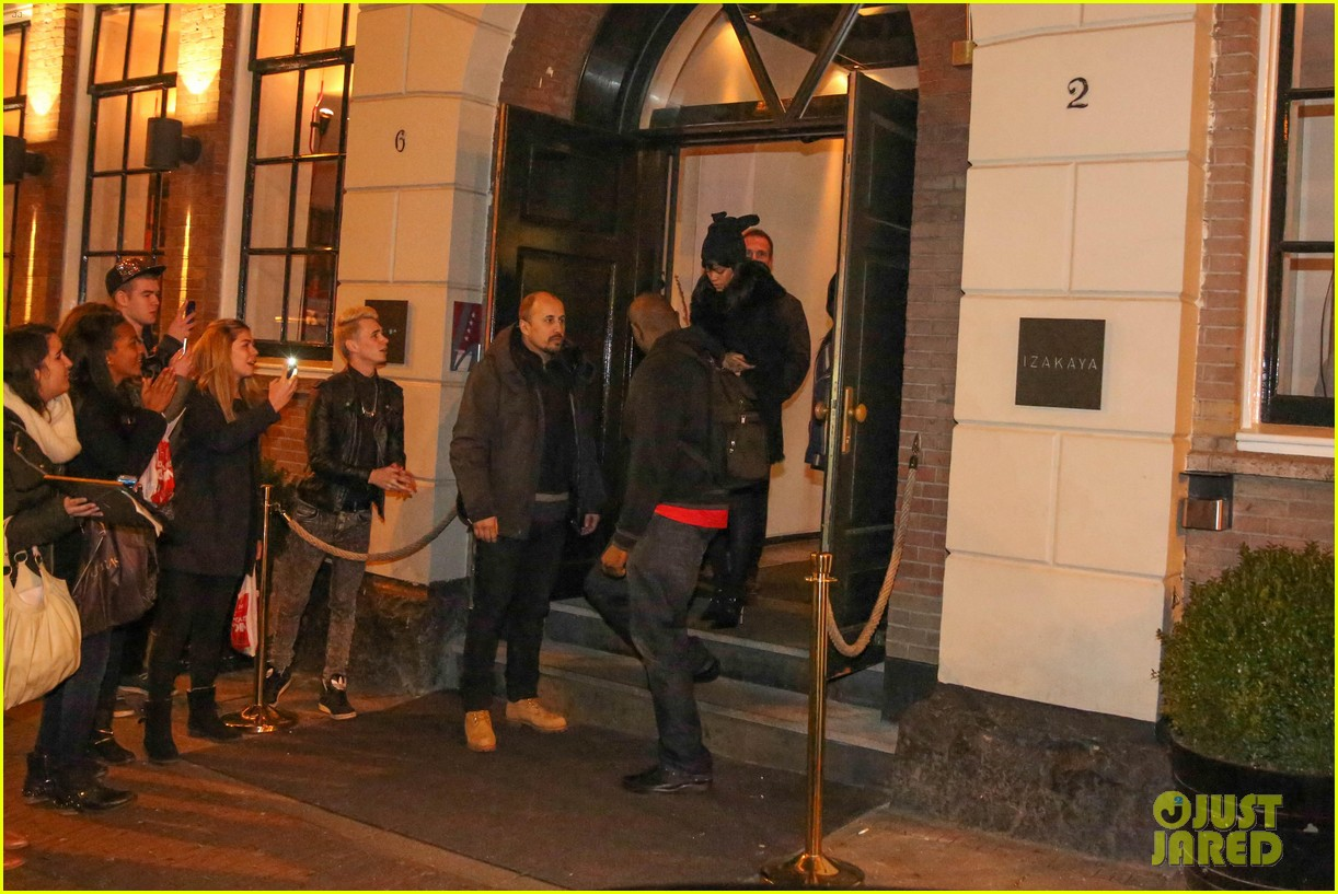 rihanna drake spotted on dinner date in amsterdam 283067658