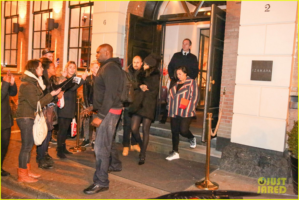 rihanna drake spotted on dinner date in amsterdam 30