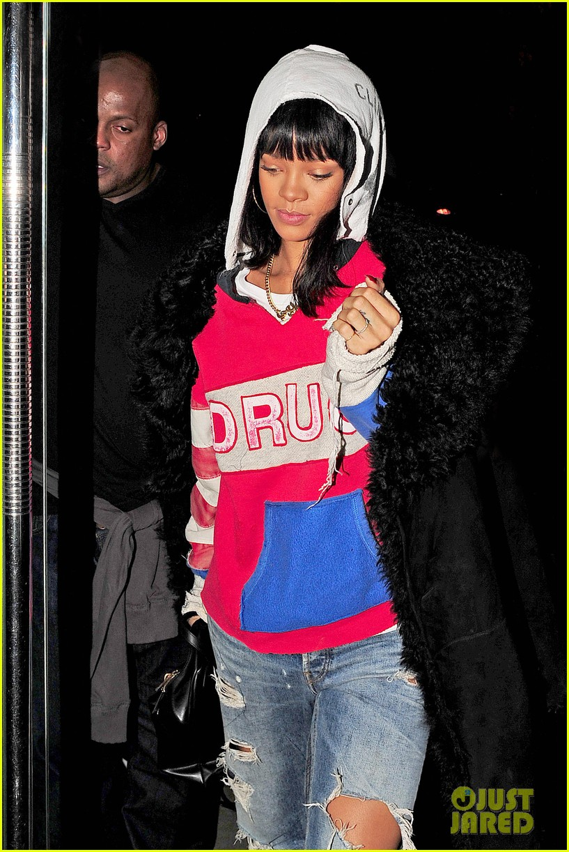 rihanna drake go out on another dinner date in europe 043068982