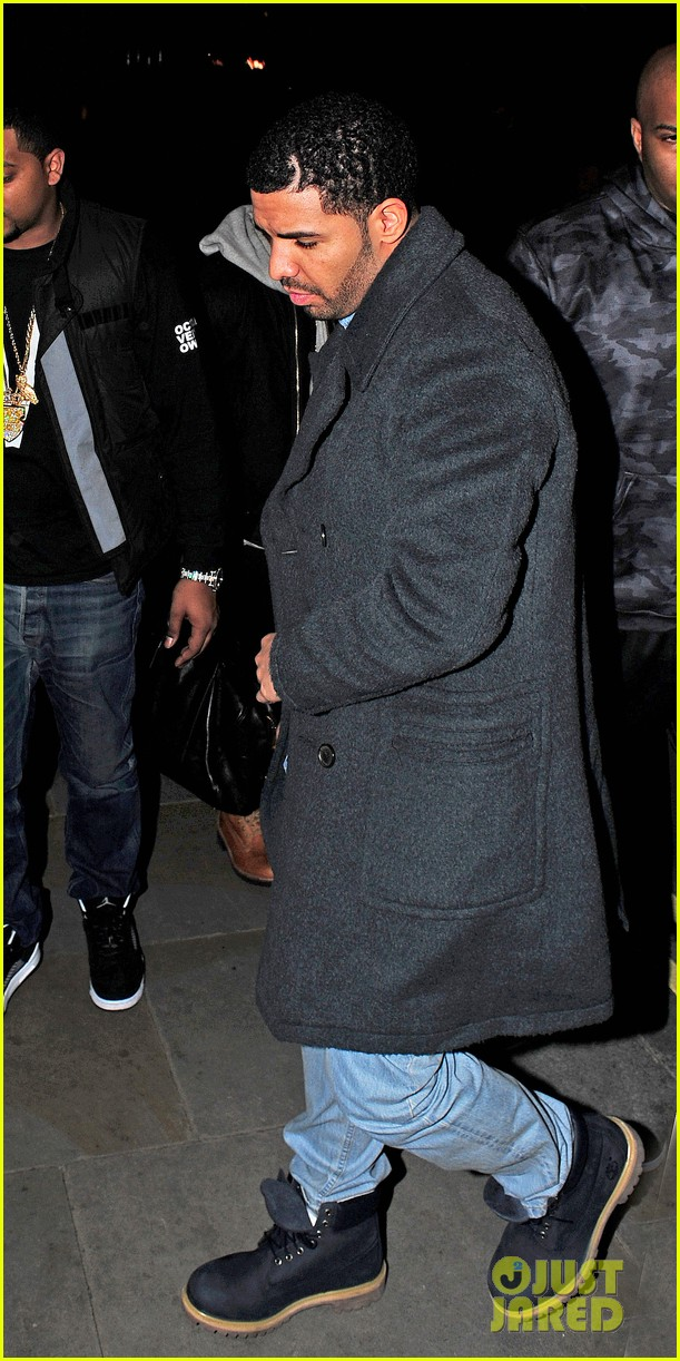 rihanna drake go out on another dinner date in europe 063068984
