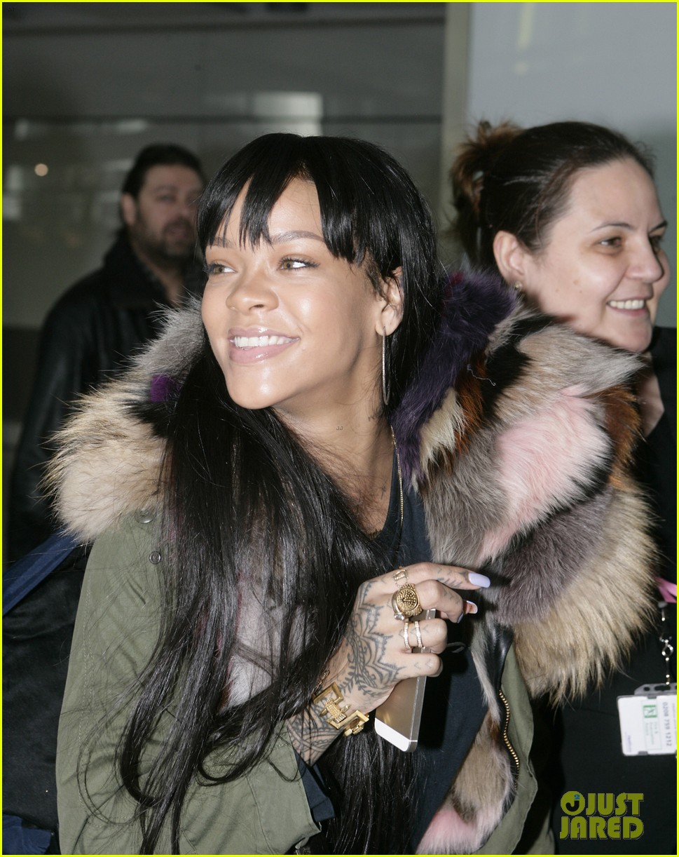 rihanna flies to london after using teen mom 043077633