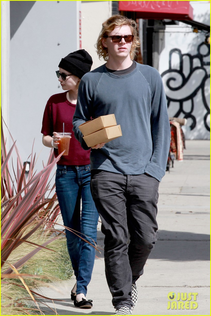 emma roberts engagement ring is the perfect accessory for outing with evan peters 143075985